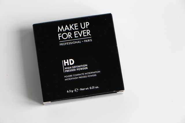 compact powder HD makeup for ever