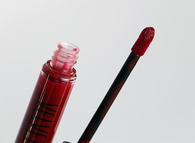 topshop lip velvet