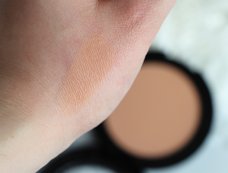poudre swatch