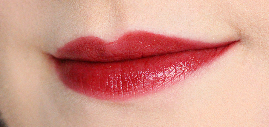 chanel swatch lips1