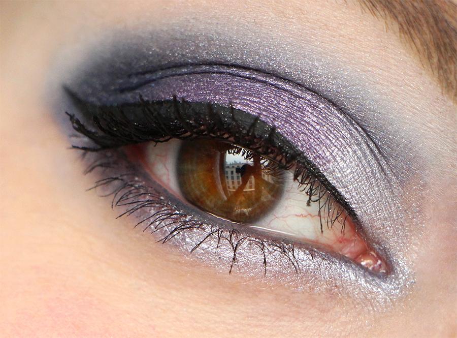 laura mercier eye chrome 3