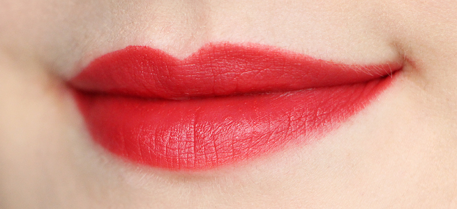 nars rouge 4 fire red