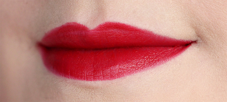 dior red lips