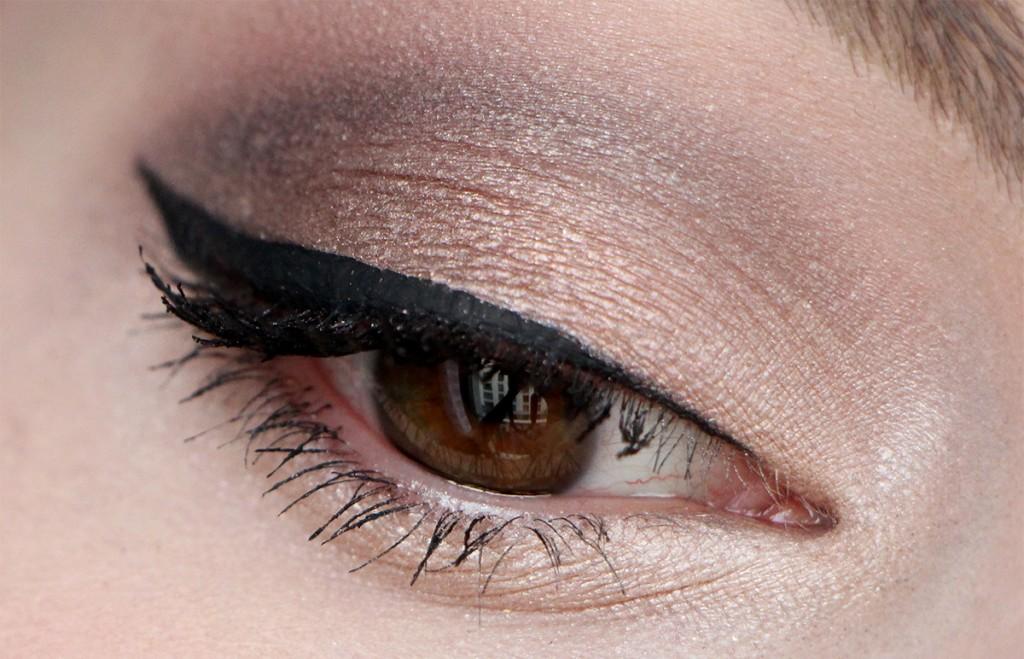 zoeva eye 2