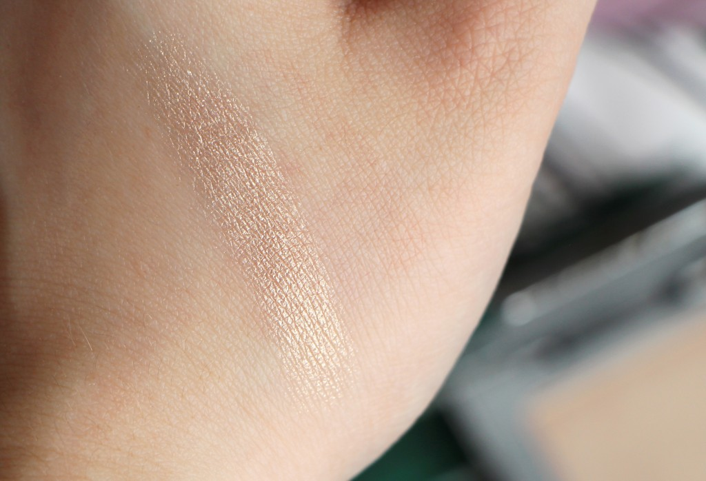 sin highlighter urban decay swatch