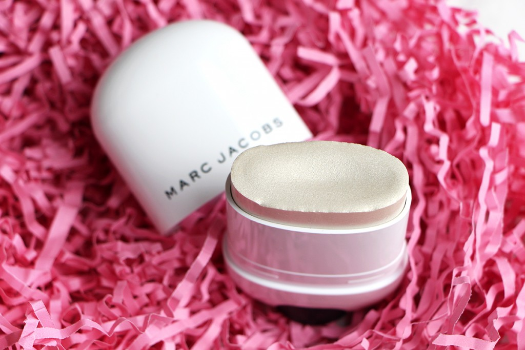 marc jacobs glow stick 8