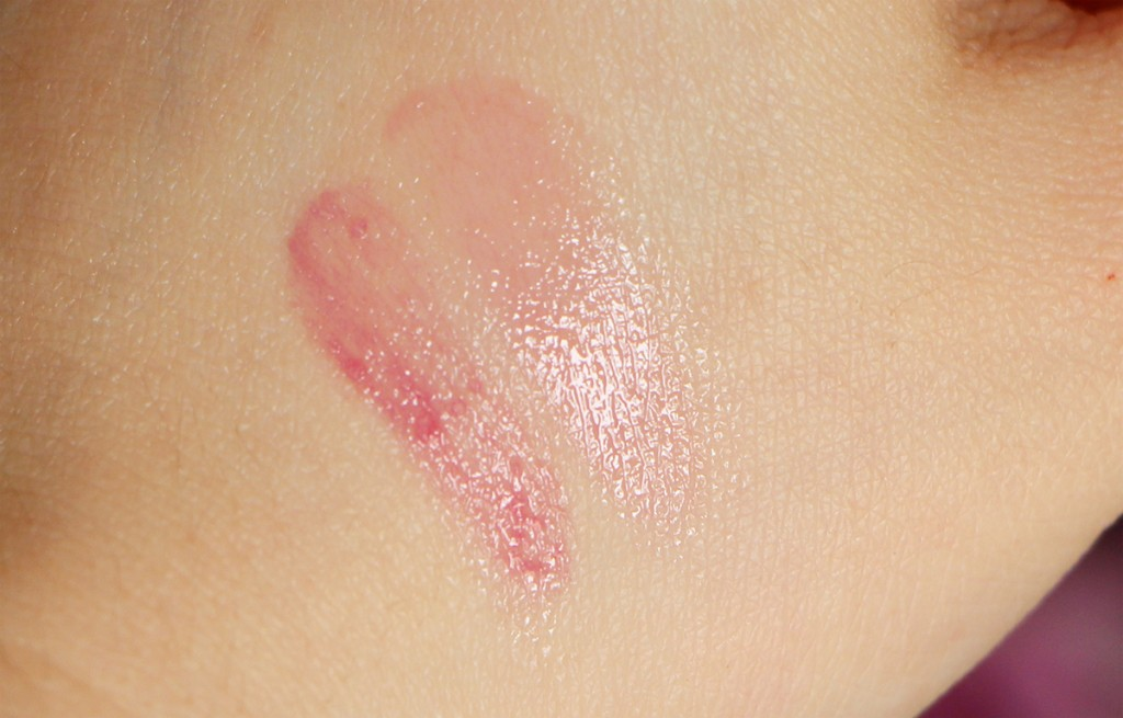 pink framboise swatch clinique sweet pot