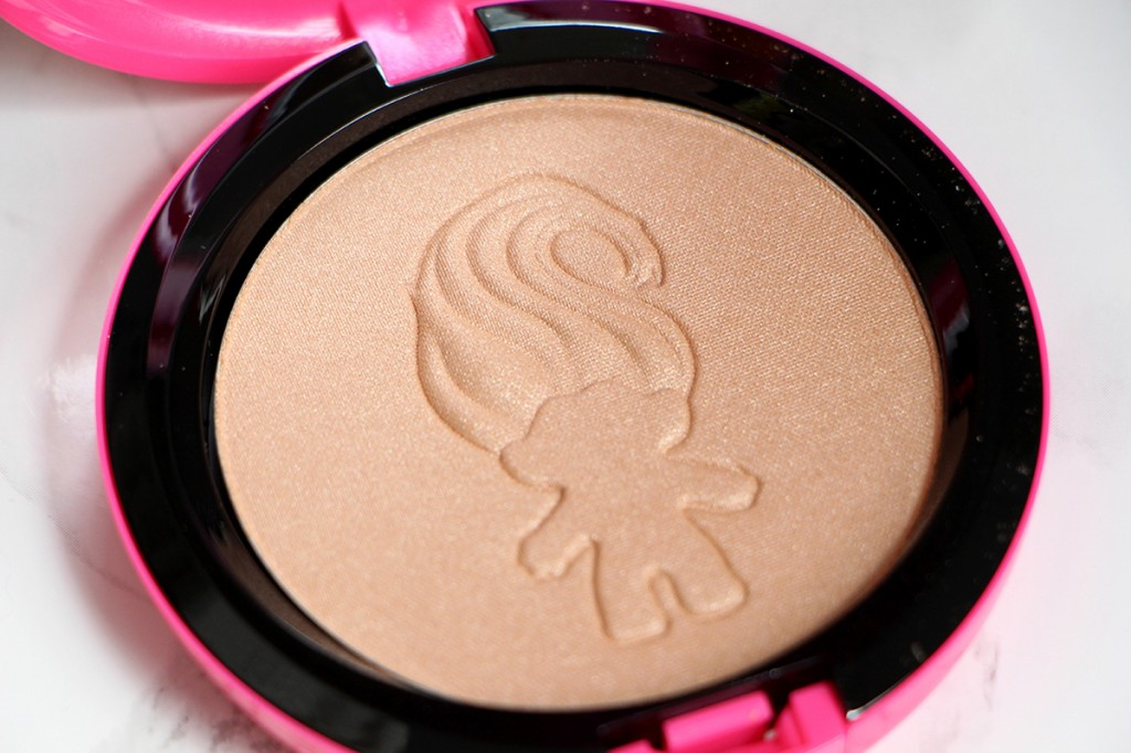 Glow Rida mac powder highlight1111