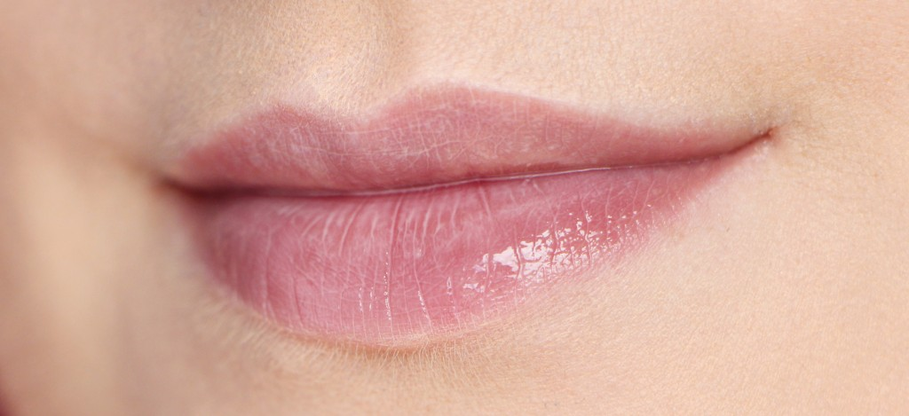 milky dior levres lips swatch