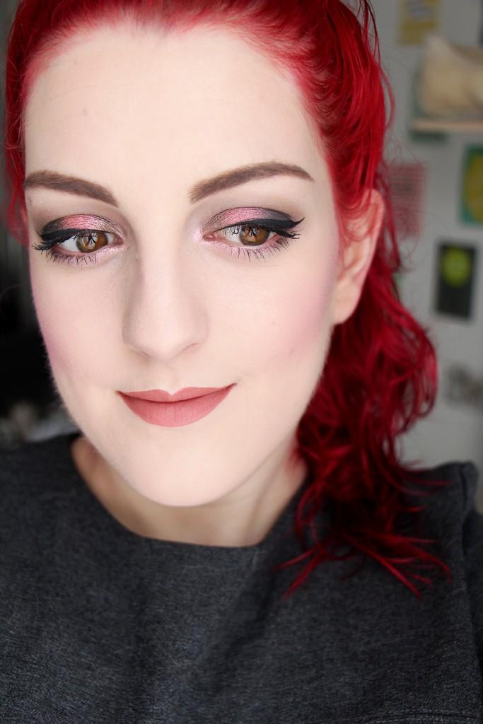 urban-decay-face-moondust-makeup-palette