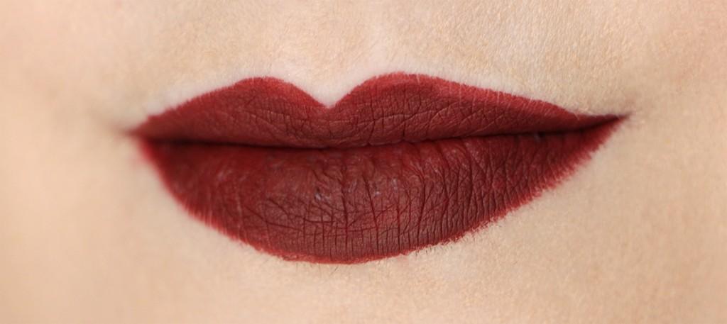 vixen-huda-beauty-lip-contour-1