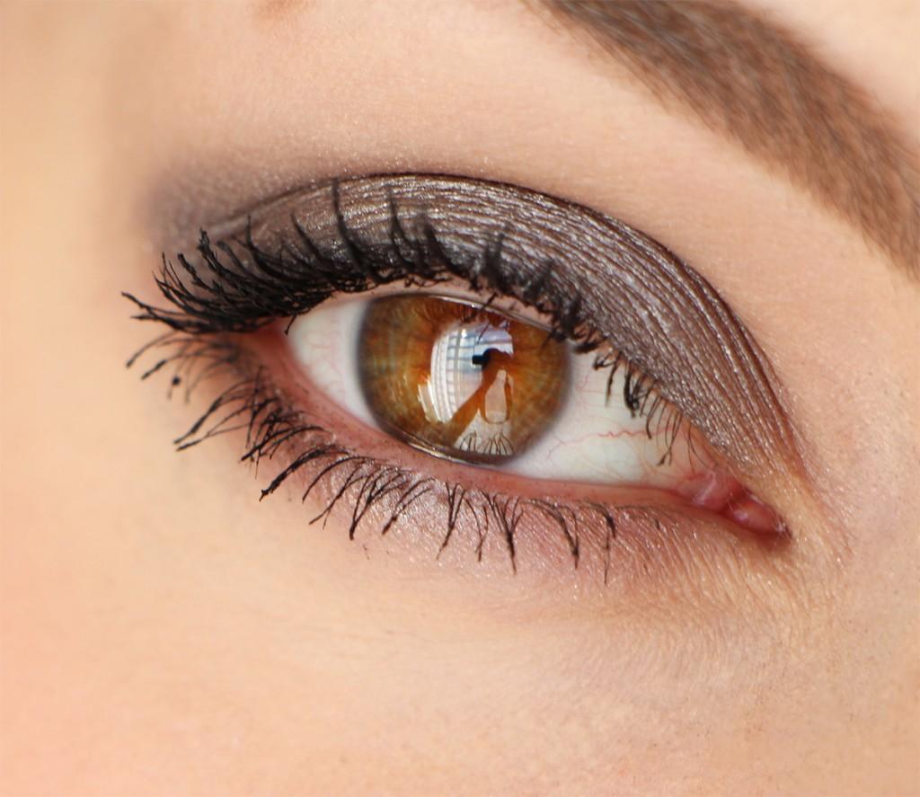 bobbi-brown-eye-zoom-paris