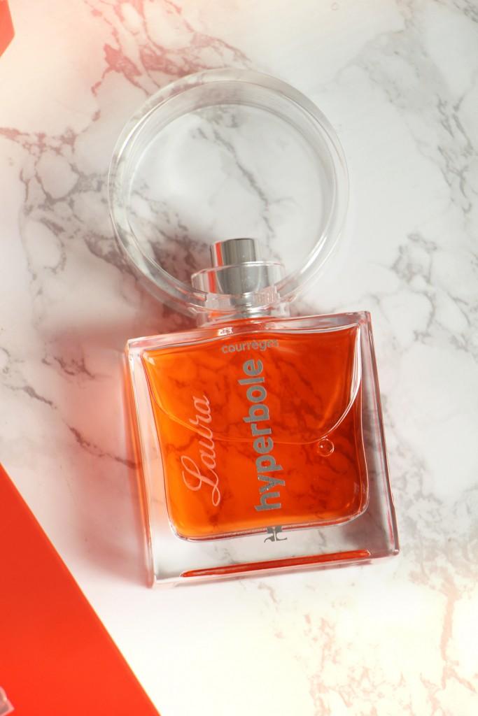 hyperbole-courreges-parfum