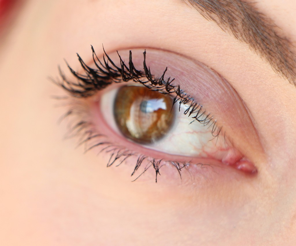 kiko-maxi-mod-mascara-eye
