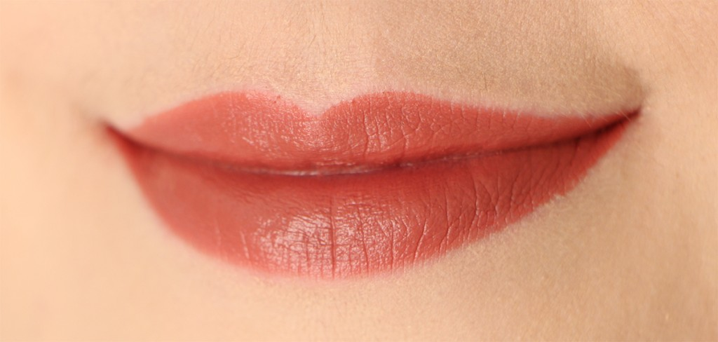 mac-liptensity-smoked-almond-nudes