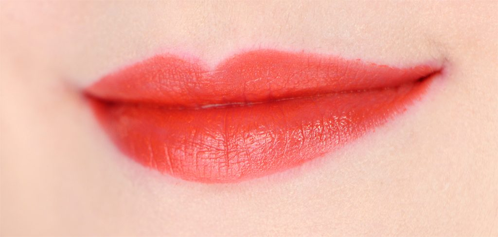 plus-lipstick-nyx-05-foxy-love-amour-ruse